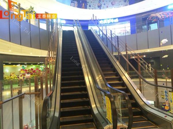 商场自动扶梯防护栏