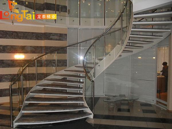 旋转楼梯设计技巧及注意事项