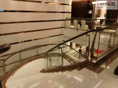 酒店楼梯护栏