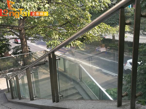 玻璃栏杆不锈钢