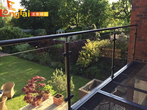 不锈钢阳台玻璃栏杆