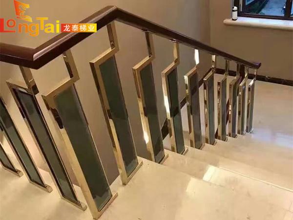 别墅楼梯立柱