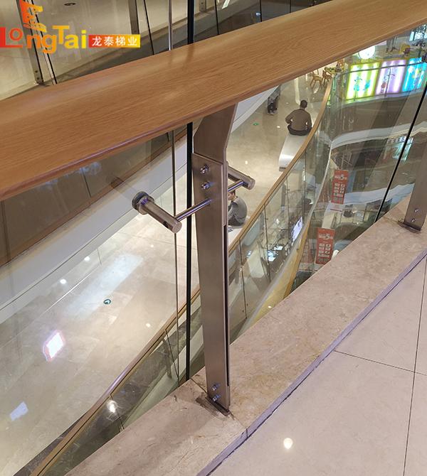 龙泰梯业不锈钢立柱