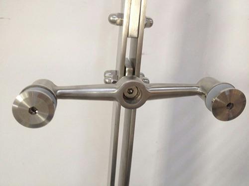 不锈钢工程立柱的常用配件有哪些